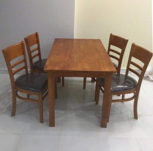 Bộ bàn ghế ăn DSG-CABIN