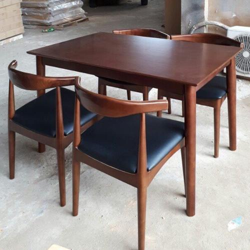 Bộ bàn ghế ăn DSG MANGO - BULL